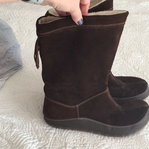 Barefoot by sporto (Lorraine) boots in Euc size 10